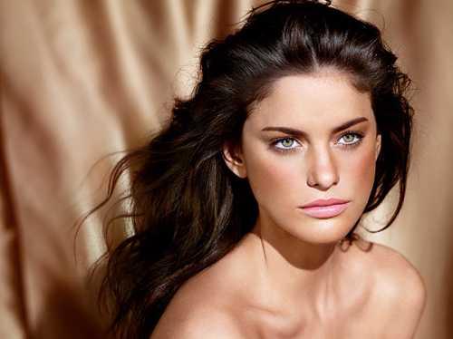 Главные тренды летнего макияжа: что добавить в косметичку