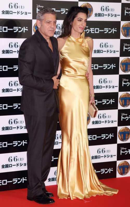 Джордж и Амаль Клуни на премьере фильма Земля будущего в Токио