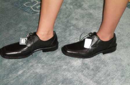 Иначе будет происходить сдавливание пальцев даже в подходящей по размеру обуви