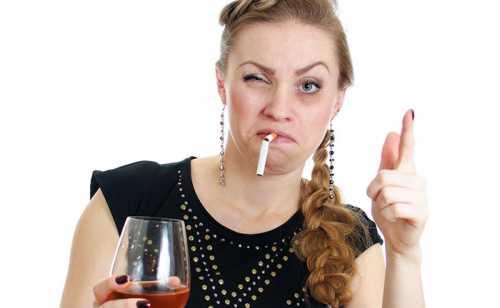 Губительное воздействие алкоголя и никотина